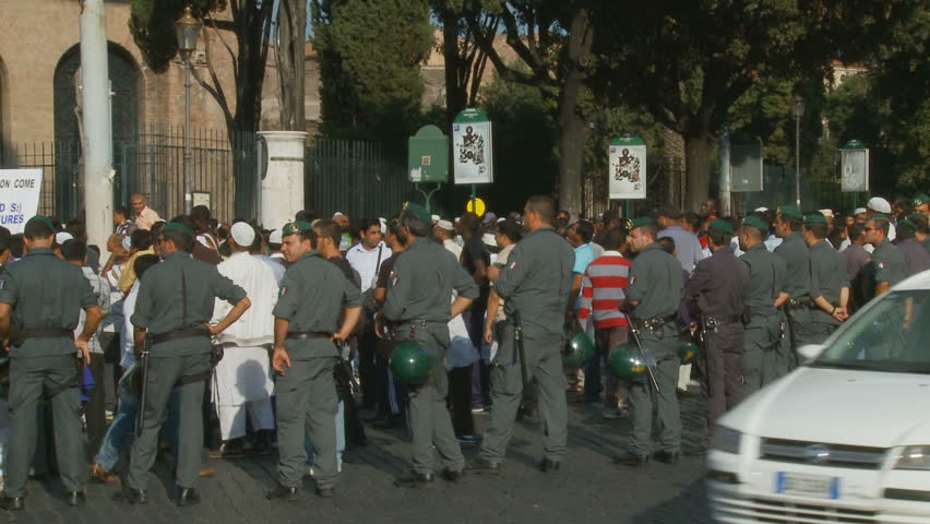 Rome demonstration, film, Innocence of Muslims 2. Anti-Islam film: protests around the world - this one in Rome on 21 September 2012.