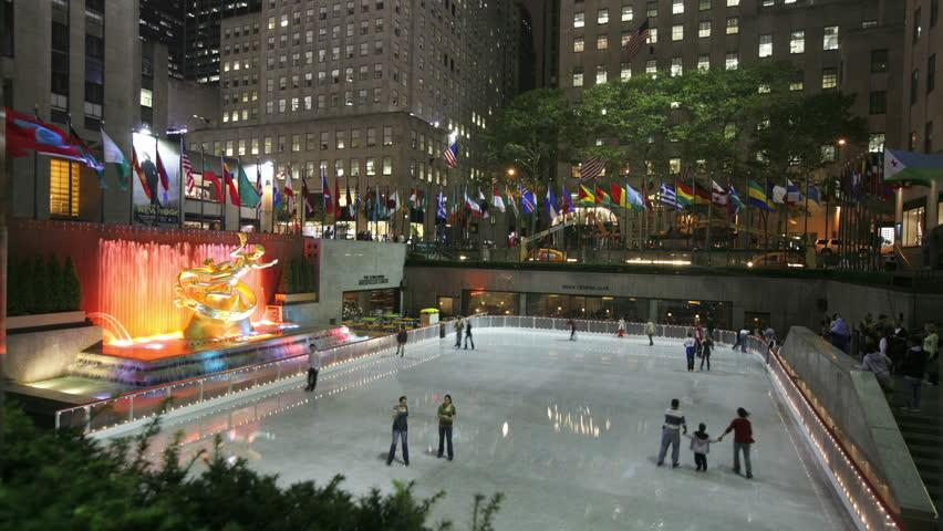 Cinemagraph - New York City, NY - November 24, 2008: Rockafeller Center ice skating rink, timelaspse . Looping Motion Photo.