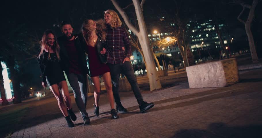 Teenager enjoying life with your friends novinha de cu rosa - 3 10