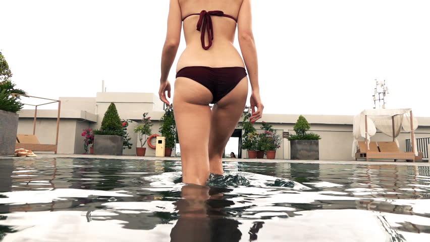 naked girl jogging gif