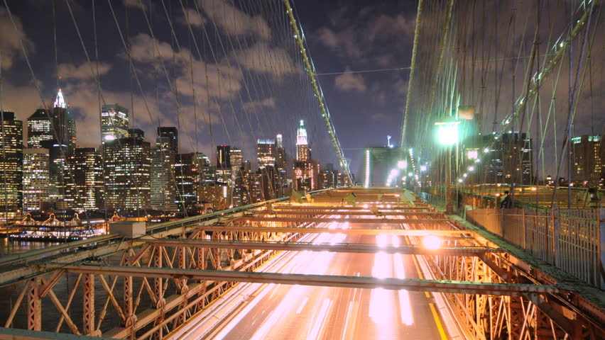 Brooklyn Bridge night traffic timelapse