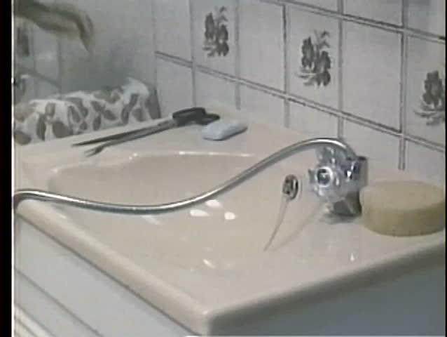 2 faucet shower repairing handle