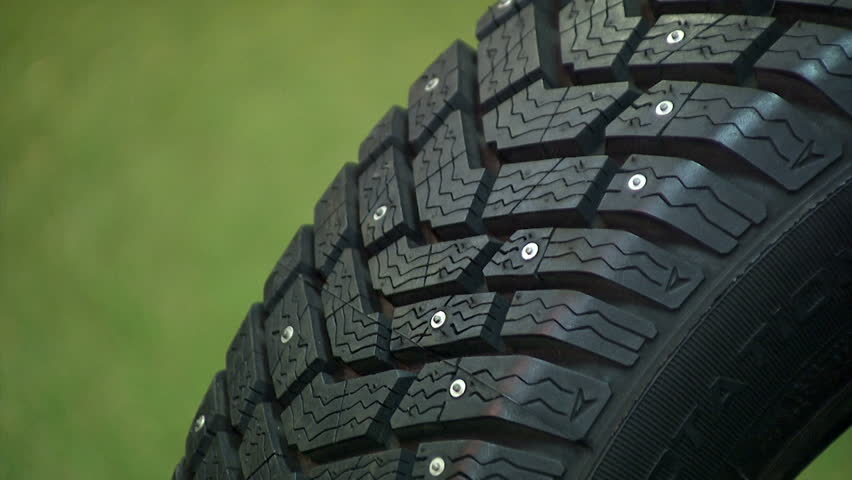 snow tire definitionmeaning