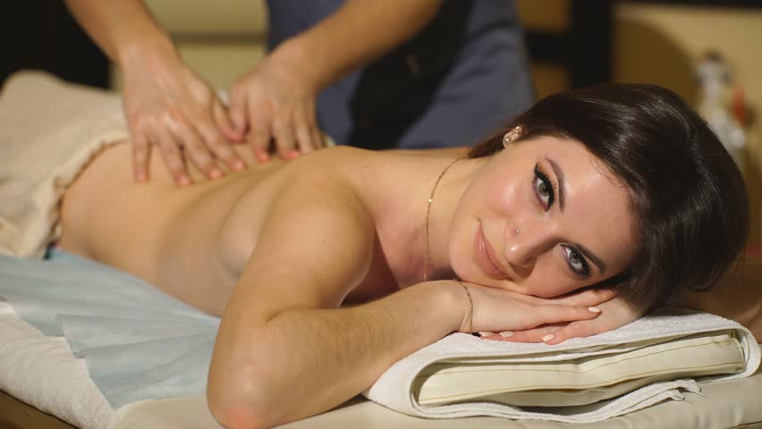 Доведение до оргазма при массаже видео онлайн дофига