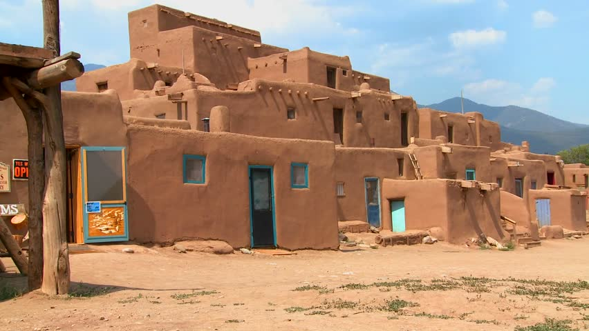 Taos new mexico usa may 5 2015 native american pueblo for Adobe construction pueblo co