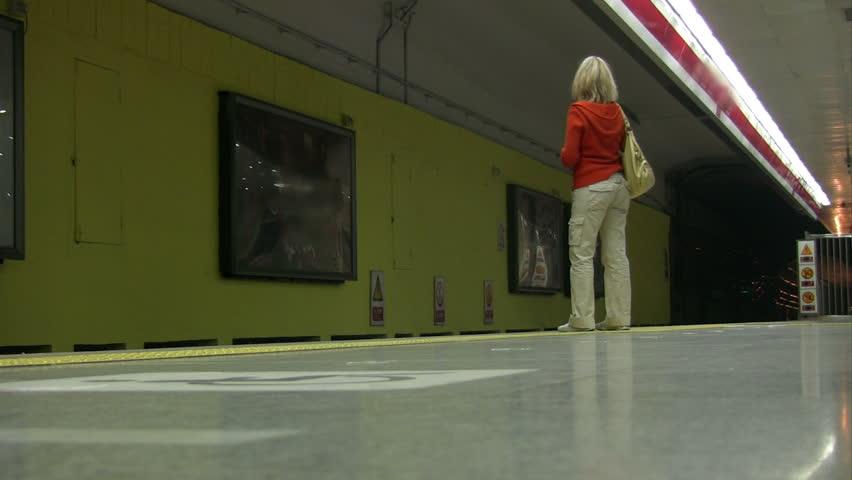 The leaving girl in metro      Oktober - 13, 2008 The leaving girl in metro   BeiJing, China - HD stock footage clip