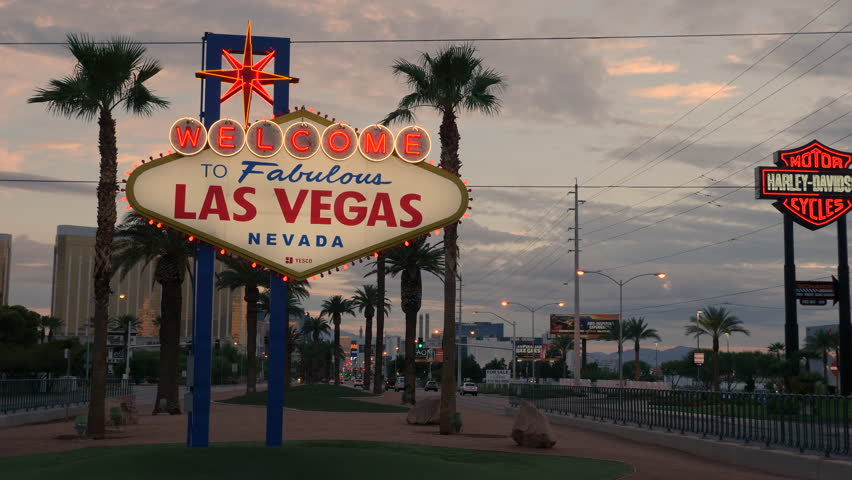 """PARADISE, NV - AUGUST 4:  The iconic """"Welcome to Fabulous Las Vegas"""" neon sign greets visitors to Las Vegas traveling north on the Las Vegas strip on August 4, 2017 in Paradise. 
