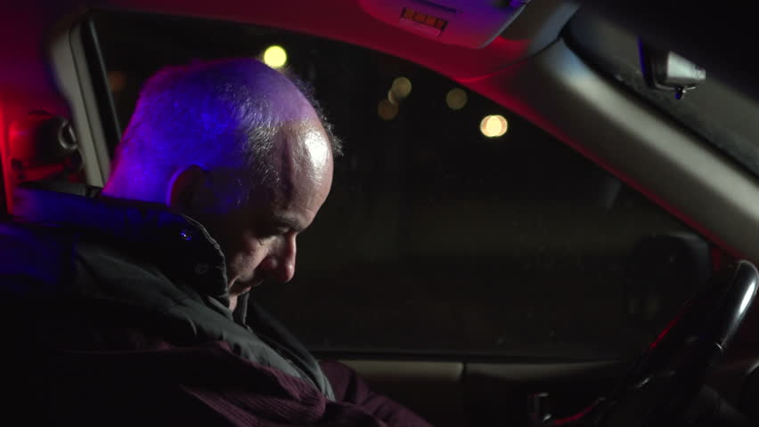 Angry People Getting Pulled Over By Cops : Man gets angry after being pulled over by police officer