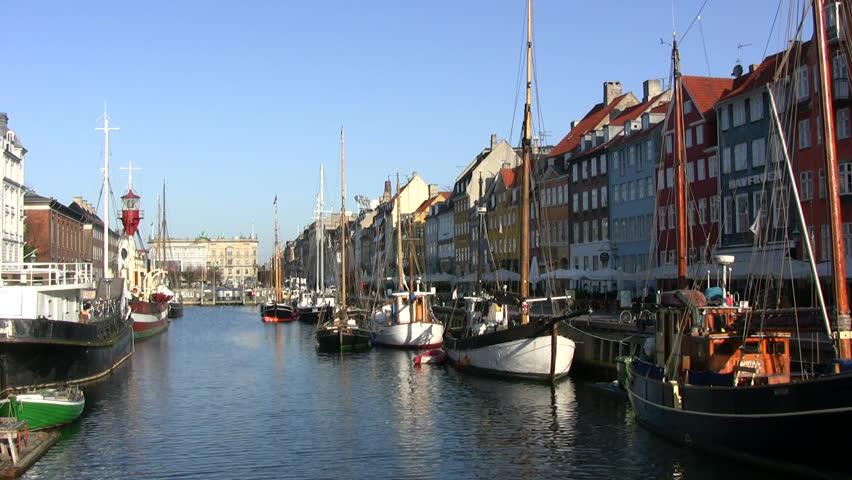 copenhagen denmark april 11 early morning atmospere in the historic harbor district nyhavn. Black Bedroom Furniture Sets. Home Design Ideas