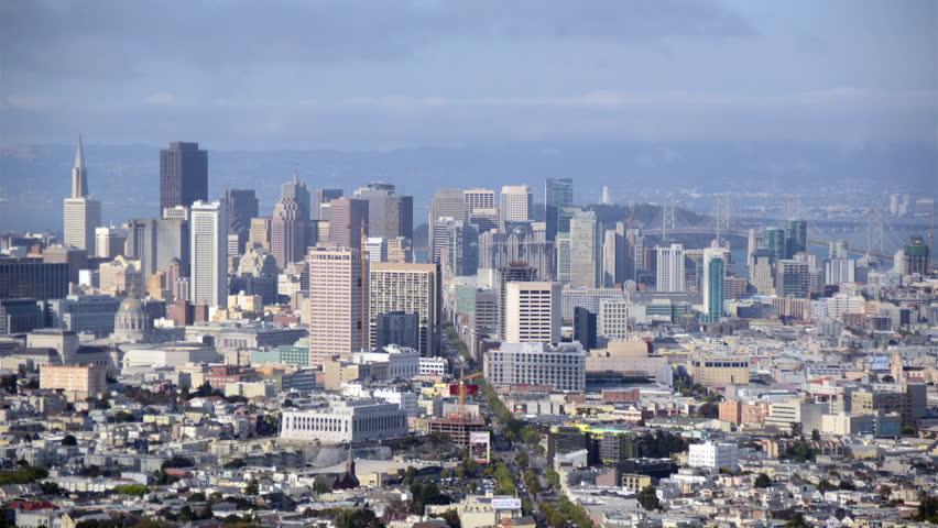 Cloud pass over San Francisco Skyline - Time Lapse