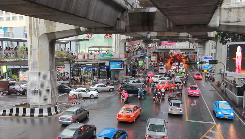 BANGKOK, 13 JUNE:Traffic in central Bangkok on Siam Square., on 13 June 2013 in Bangkok, Thailand - HD stock video clip