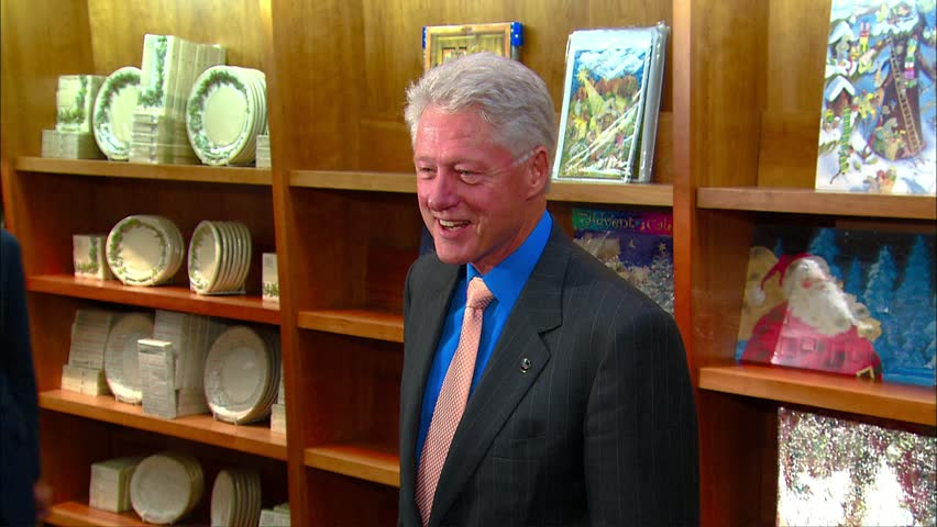 PASADENA - September 18, 2007: Bill Clinton at the Bill Clinton Book Signing in the Vroman's Bookstore in Pasadena September 18, 2007