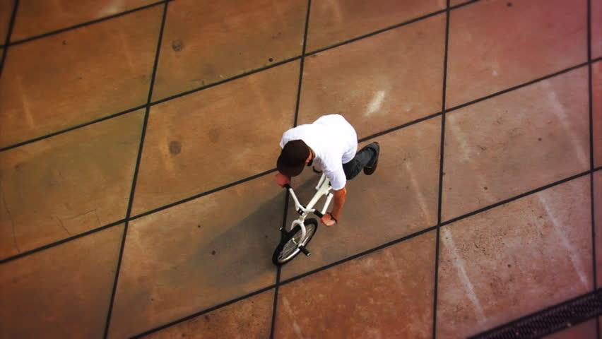 BMX: Spinning Top Shot