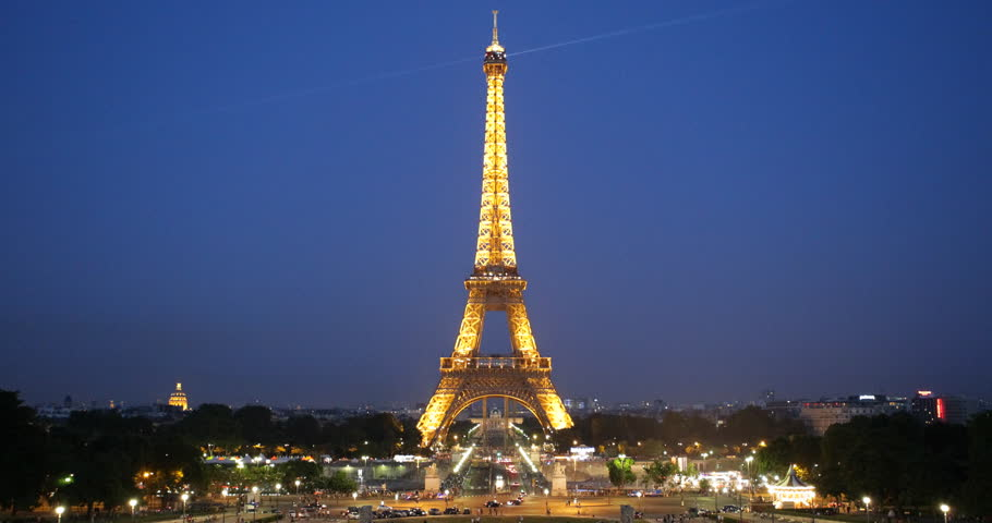 PARIS, FRANCE - JULY 25, 2013 Aerial View of Eiffel Tower Paris, City Overlook with Pont d'Iena, Dusk to Night Lights, Evening ( Ultra High Definition, Ultra HD, UHD, 4K, 2160P, 4096x2160 ) - 4K stock footage clip