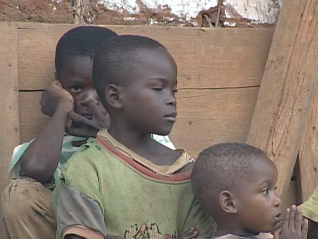 Bengbis, Cameroon - November 5, 2002 - African People ...