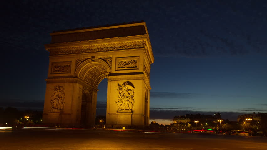 Panning sunset time-lapse in Paris by  'Arc De Triomphe'
