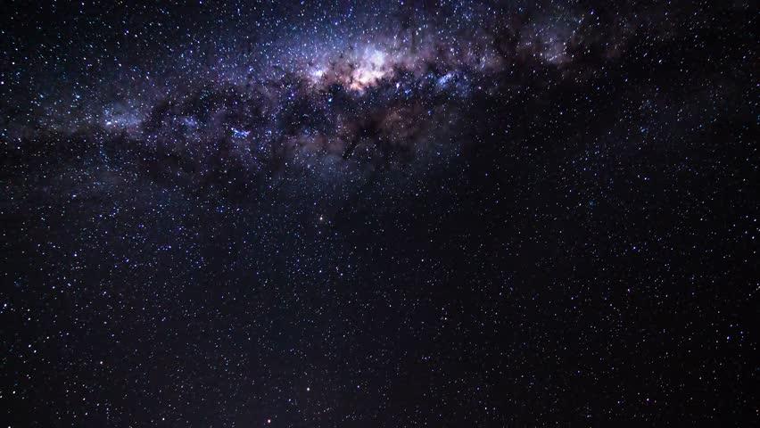 milkyway galaxy crossing the sky time lapse namib desert namibia sossusvlei 4k