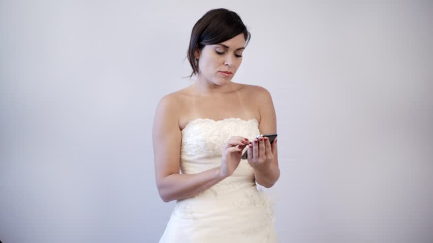 Lady texting during wedding