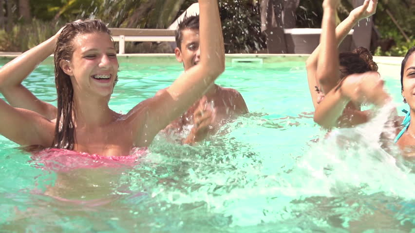 The best video of nudist socializing together mixed race