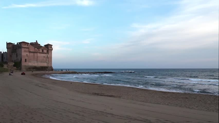 Video clip of the Santa Severa beach in Italy with the fortress in the background.